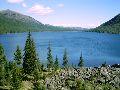 Мультинские озера. Вид на оз. Нижнемультинское с межозерного перешейка