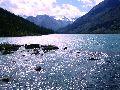 Мультинские озера. Протока между озерами. Вид на оз. Среднемультинское.