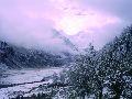Оз. Аккем и г. Белуха. Снежное утро