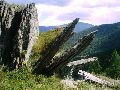 Верхний Уймон. Распавшийся веером камень на восточной гряде