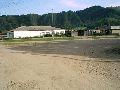 Верхний Уймон. Центральная площадь. Вид на частные сельские магазины